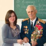 Вручення Позднякову Костянтину Васильовичу подарунків на пам'ять