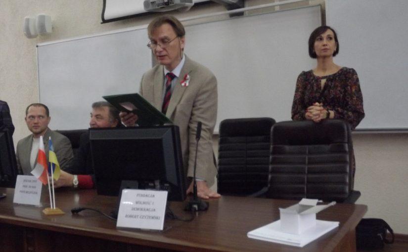 Студенти та викладачі Житомирського технологічного університету писали диктант з польської мови