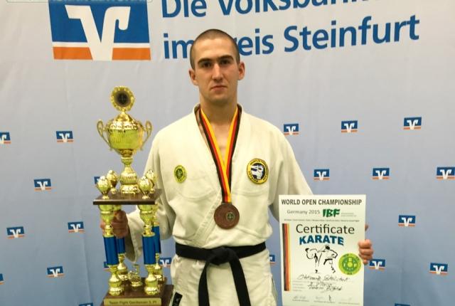 На Чемпіонаті світу з рукопашного бою студент ЖДТУ Олександр Сокольчук виборов ІІІ місце