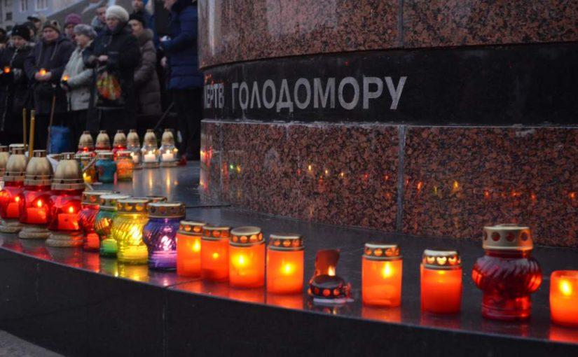 Студенти ЖДТУ вшанували пам'ять жертв голодоморів