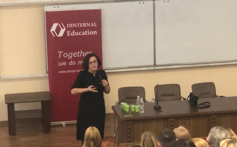Перший всеукраїнський професійний форум фахівців з англійської мови у Житомирі