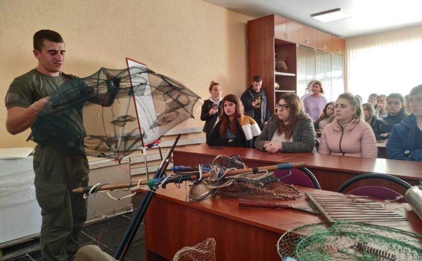 Лекція для студентів-екологів Житомирської політехніки від представників Житомирського рибоохоронного патруля